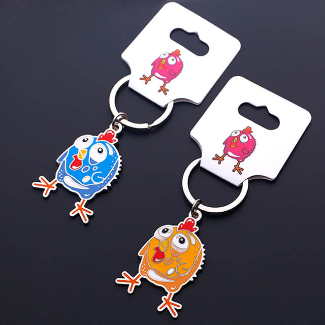 Customized Metal Keychain with Lovely Pendant