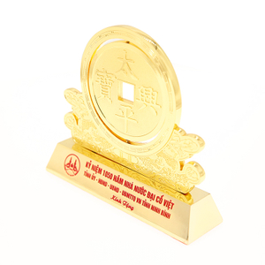 Customized 3D Tank model plating metal trophy with gift box from